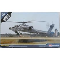 Ah-64 Gray Camo 2003 - Escala 1/48 - Academy