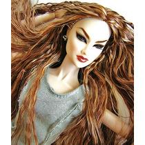 Fashion Royalty Ayumi N. - London By Night - Dressed Doll
