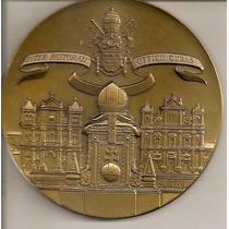 Medalha Tema Religião