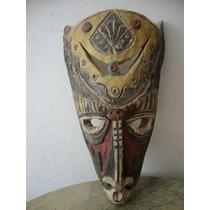 Máscara Totém Ceramica / Barro