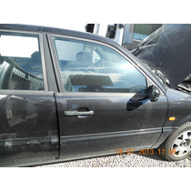 Porta Dianteira Direita Passat 2.0 95 Sedan(sem Acessórios)