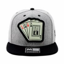 Bone Aba Reta Snapback Cartas Poker Preto.