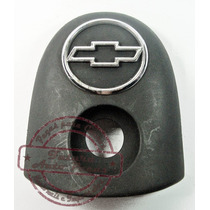 Moldura Com Emblema Do Miolo Tampa Traseira P Gm Corsa 94 02