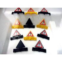 Brq - Playmobil Geobra 8 Triangulos Sinalização + 3 Defeitos