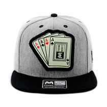 Boné Aba Reta Snapback Young Money