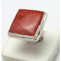 Magnifico Anel Em Prata Com Pedra De Resina Vermelha J5012