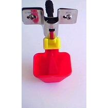 Bebedouro Automático Tipo Niple Com Copinho Para Aves .