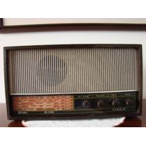 Rádio Frahm 5 Faixas - Funciona A Pilhas E Luz