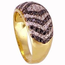 Anel Pavê Em Ouro 18k Com Diamantes Negros E Brancos.