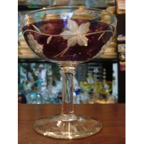 Taça Em Cristal Com Lapidação Com Cachos De Uva Vermelha