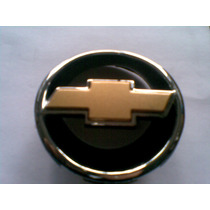 Emblema Grade Com Gravata Dourada Corsa 99/01