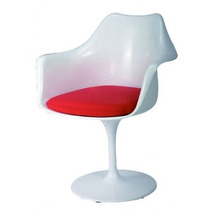 Cadeira Saarinen (c/ Braço E C/ Almofada) Fibra De Vidro
