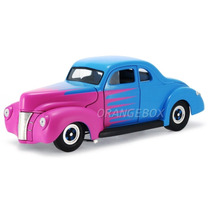 Ford 1940 Deluxe Hot Road 1:18 Universal Hobbies Azul Uh3805
