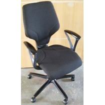 Cadeira 64 Giroflex