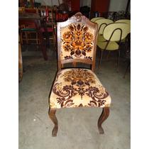Cadeira Medalhão Antiga Com Pernas Curvas