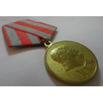 Medalha Dos 30 Anos Do Exército E Marinha Russa 1948