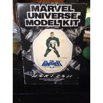 O Justiceiro Marvel Universe Model Kit