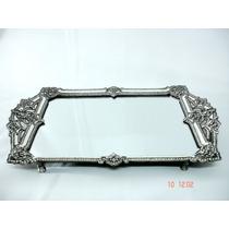 Bandeja De Espelho Com Prata E Pedras Brilhantes Magnífica