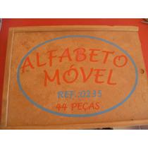 Alfabeto Móvel (recortado) - Madeira - 44 Peças (usado)
