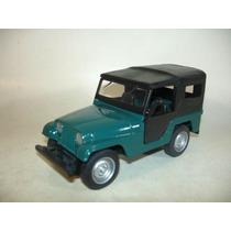 Toyota Bandeirante Ou Jeep Willys (clássicos.nac.) Miniatura
