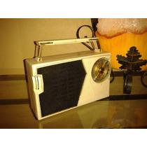 Raridade: Rádio General Electric Model P808a - New York/1960