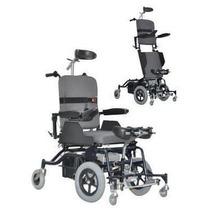 Cadeira De Rodas Stand Up Ortomix Dinâmica Plus Motorizada