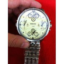Relógio Diesiil 4 Times Prata Com Fundo Branco Ou Preto