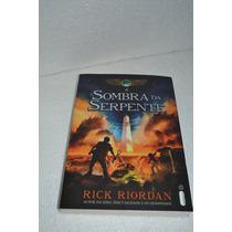 A Sombra Da Serpente - Rick Riordan