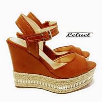 Sandália Anabela Alta Marrom C/ Dourado Marca Leluel Shoes
