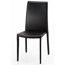 Cadeira Revestida Em Koríssimo Preto - Empilhável