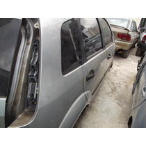 Sucata Ford Fiesta 07,altenador,motor,chicote-240,00em Peças