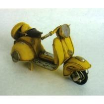 Miniatura Metal Artesanal Retro Moto Vespa Lambreta Amarela
