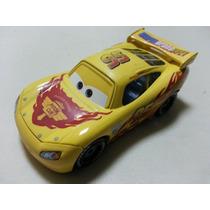 Disney Cars 2 Lightning Mcqueen Amarelo Wgp Mattel Loose