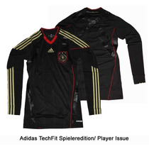 Busca Camisa de futebol com manga longa com os melhores preços do ... 2e3696e131529
