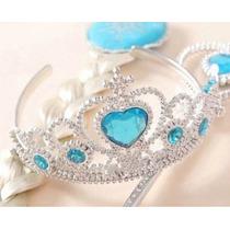 Kit Da Frozen- Elsa Com Coroa, Cedro E Trança.