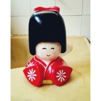 Boneca Gueixa Japonesa Oriental Kokeshi Escultura Pronta En