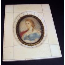 Quadro Retrato De Donzela Com Colar, Coroa E Véu