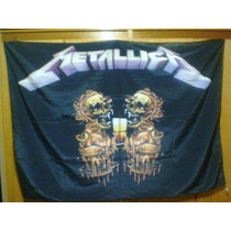 Bandeira Metallica Skulls 100% Polyester