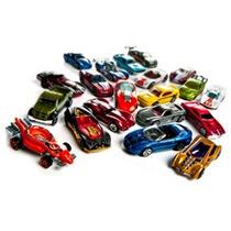 Hot Wheels - Pacote Com 20 Carrinhos Sortidos - Mattel