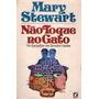 Não Toque No Gato - Mary Stewart