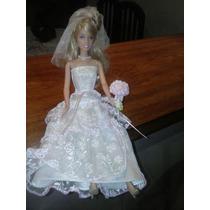 Boneca Barbie Vestido De Noiva Veu Sapatos Em Otimo Estado