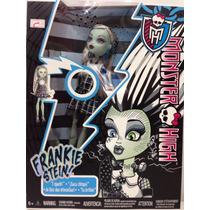 Boneca Monster High Frankie Stein - Acende E Faz Som Choque