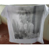 Madonna 3 Produtos Camisa Livro Adesivos