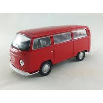 Miniatura Volkwagen Kombi 1972 Coleção Escala 1:32 11 Cm