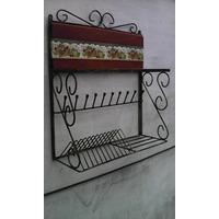 Porta Copos E Pratos Em Ferro Modelo Rustico