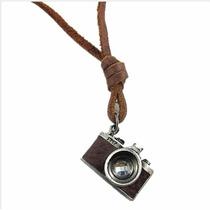 Grande Colar Câmera Fotográfica - Nikon Fm2 - Couro