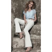 Blusa De Renda Com Detalhe Em Ilhós - Cor Azul - Tamanho M -