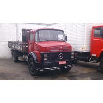 Caminhão Mercedes Benz 1313 Toco / Carroceria