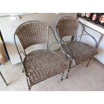 2 Cadeiras Antigas Tipo Poltrona Em Ferro E Palha