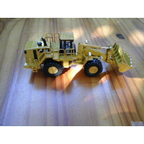 Miniatura Carregadeira Cat 988h